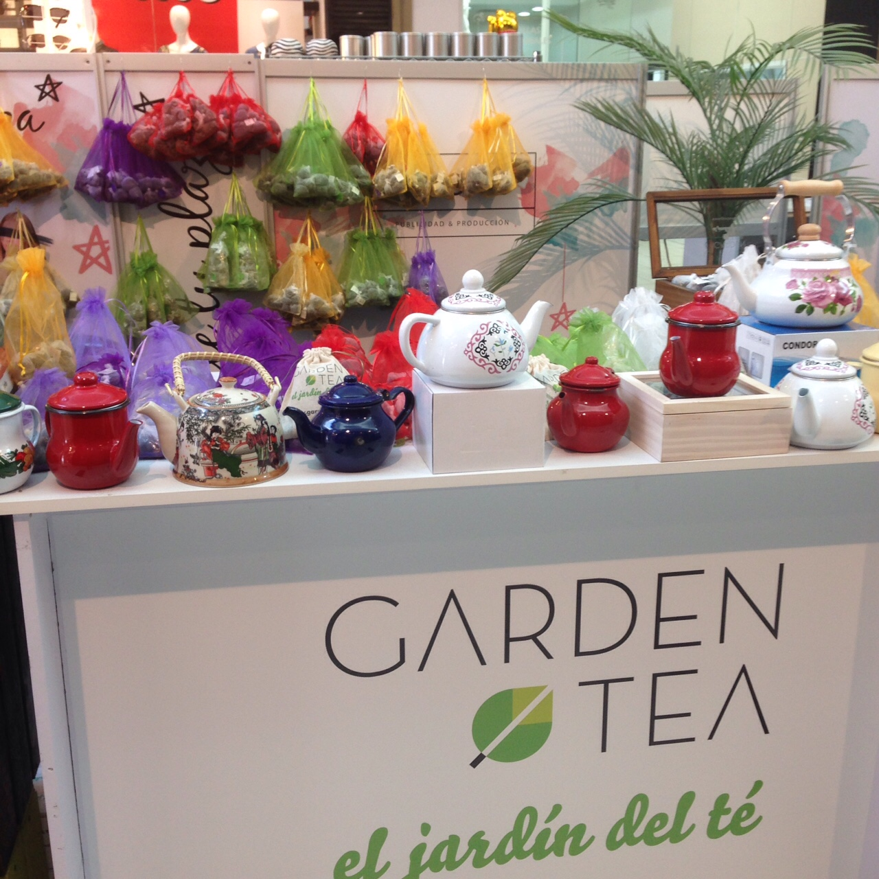 gard-tea-pop-up-02